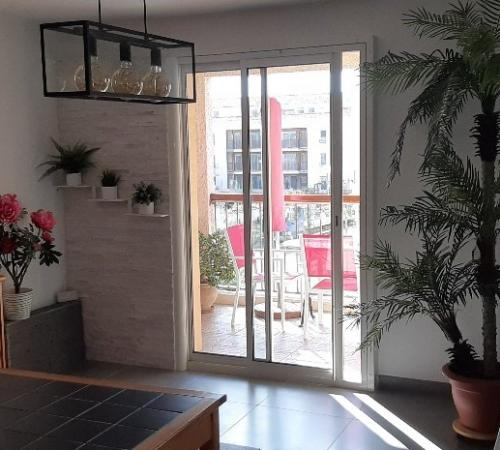 SIX FOURS APPARTEMENT T4